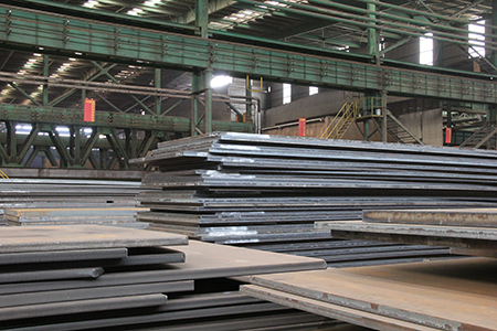 The banded structure of ASTM A573 Gr 70 steel plate